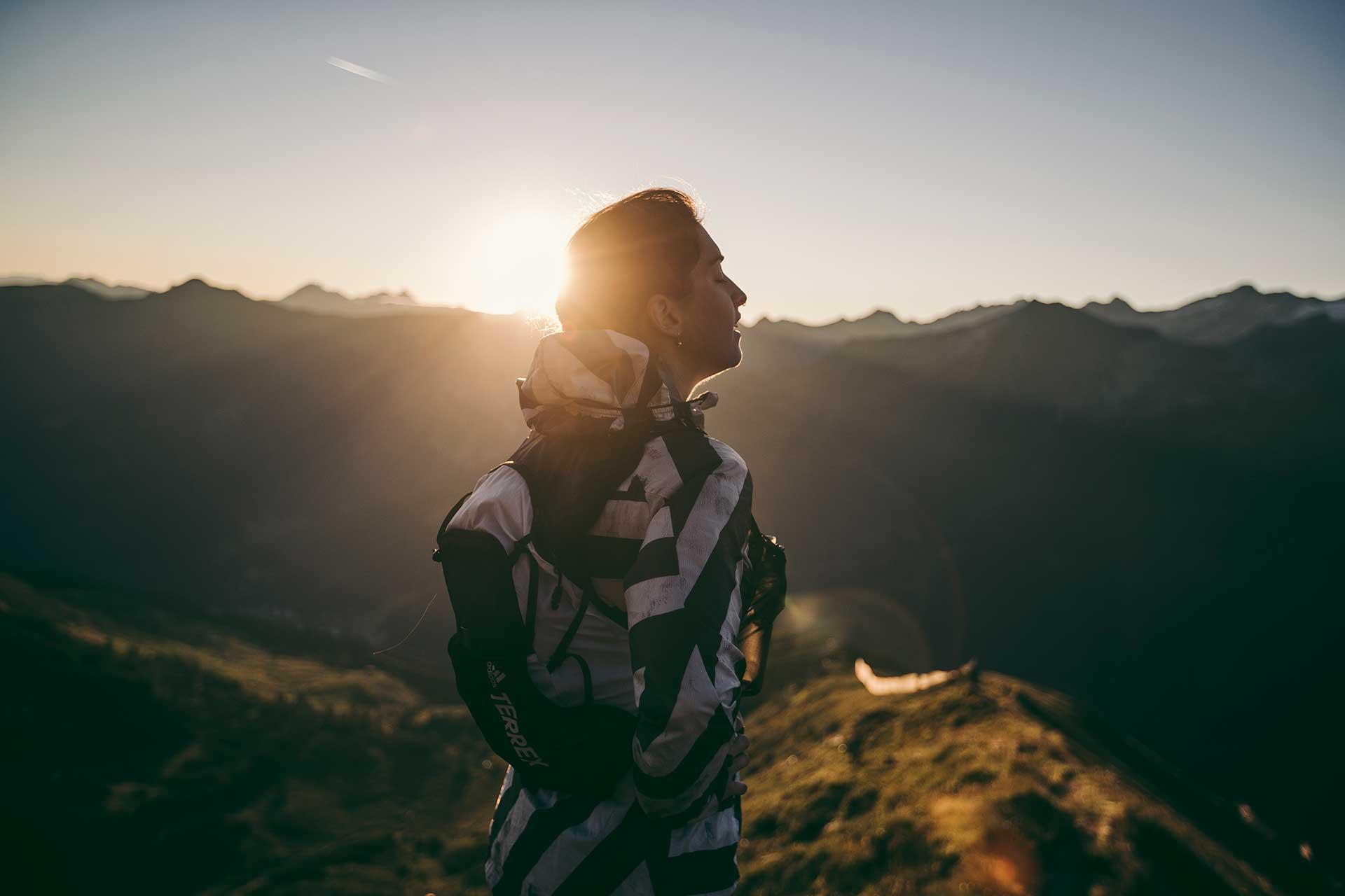 Berge Fotoproduktion Trailrunning Sport Berge Outdoor Sonnenaufgang Frankfurt