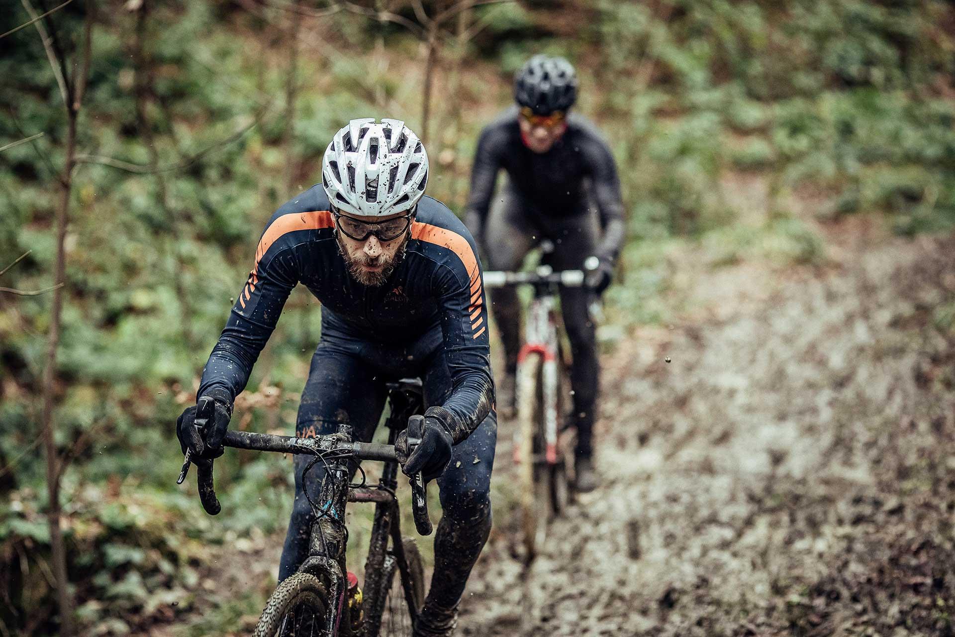 fotograf crossbike sport schlamm wald deutschland berlin fotoshooting