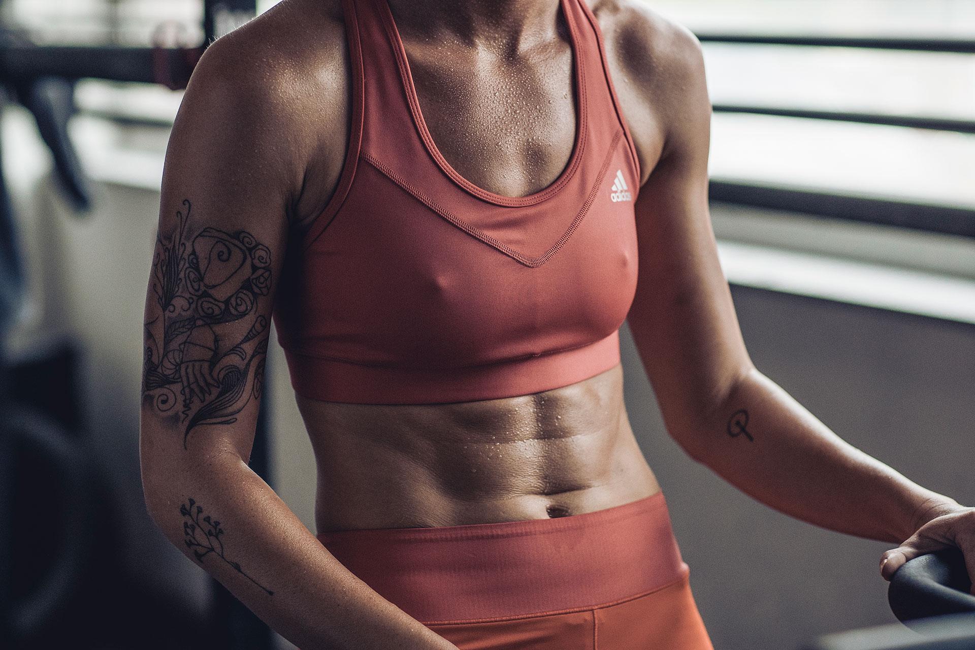 bauchmuskeln abs crossfit fotograf fitness training sport deutschland muenchen