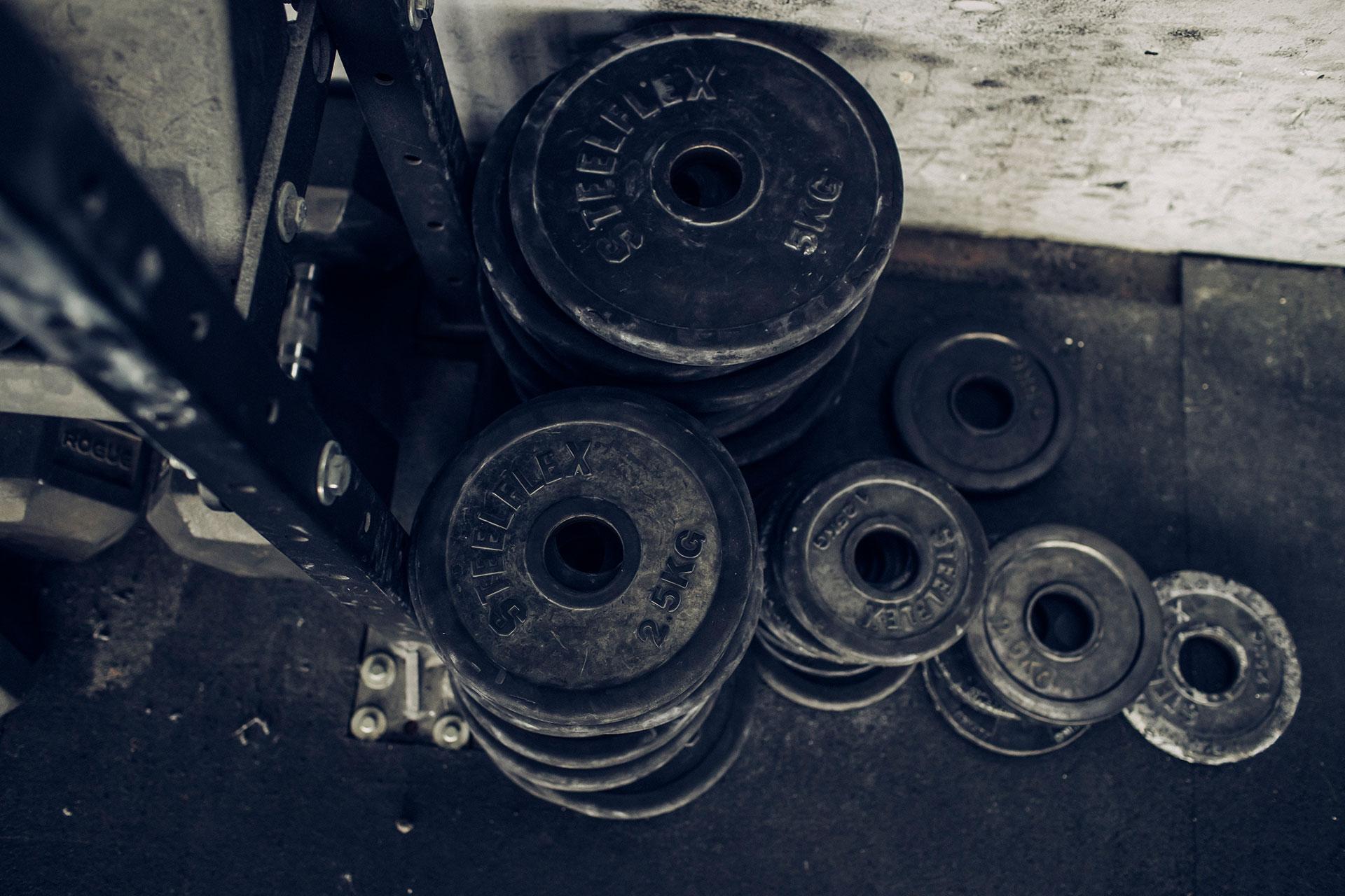 hanteln stretching crossfit fotograf fitness training sport deutschland muenchen