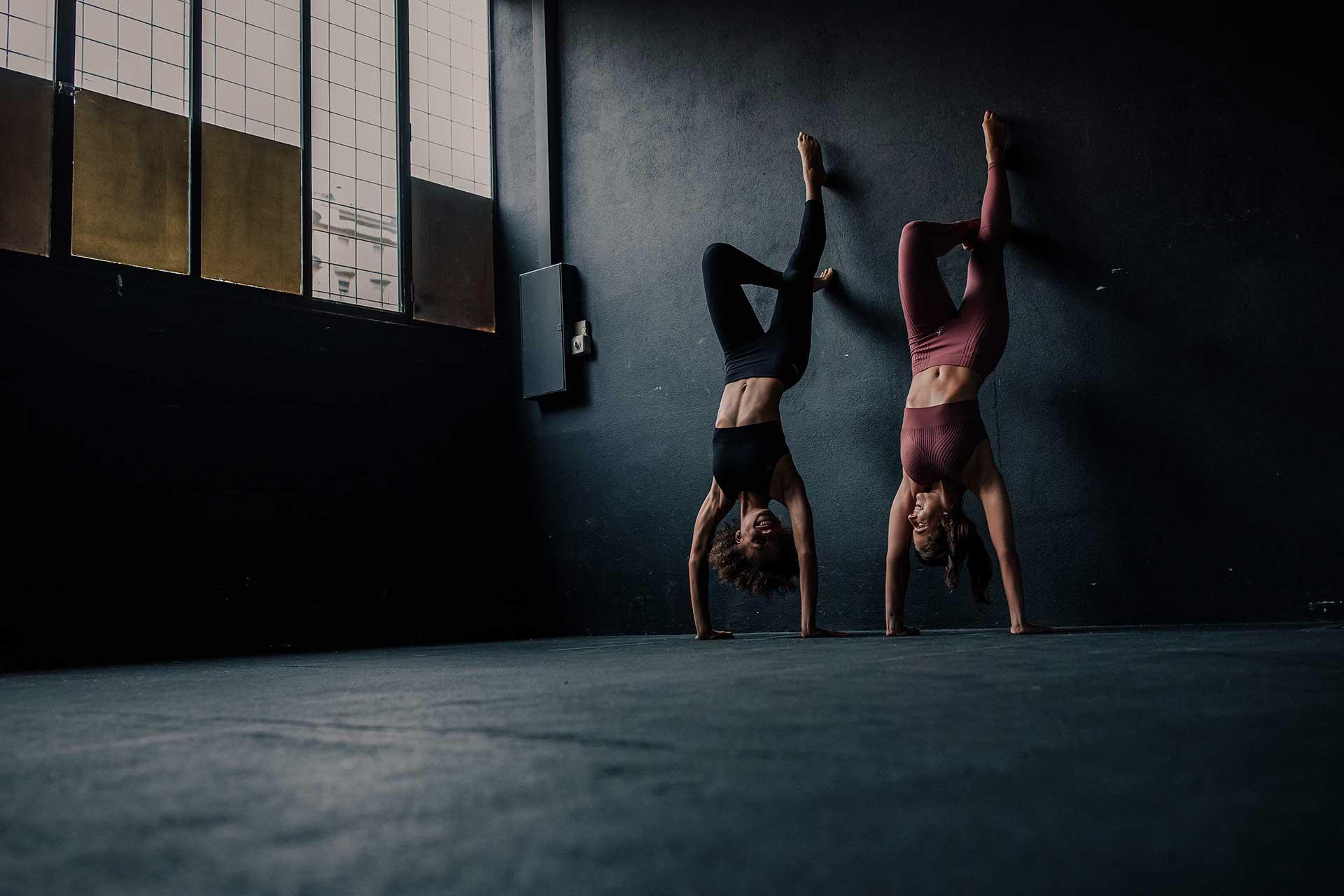 Frauen Sport Fotograf Odlo Kampagne Yoga Workout Michael Müller Zürich