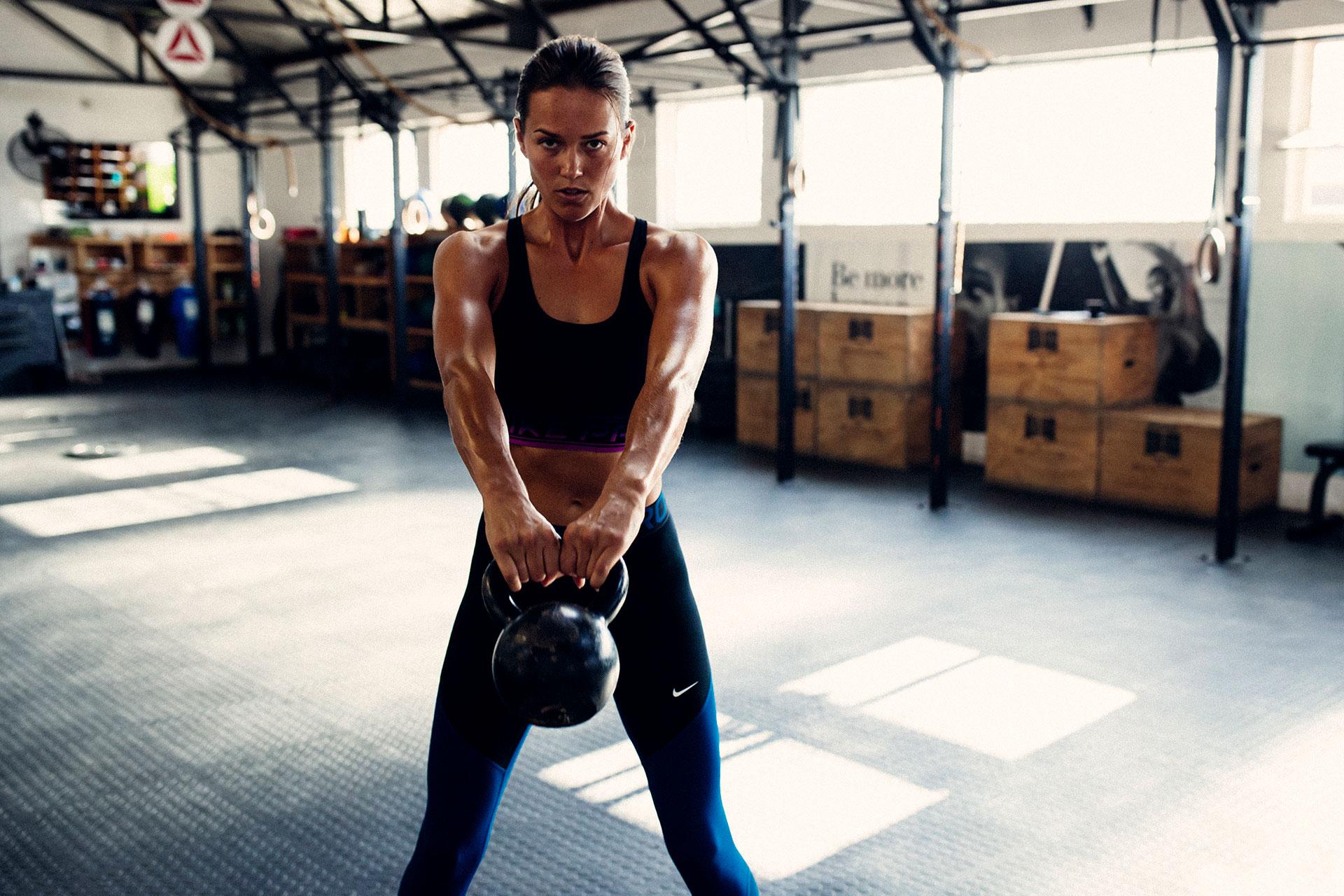 Muskeln Crossfit Frau Training Fotograf München Sport