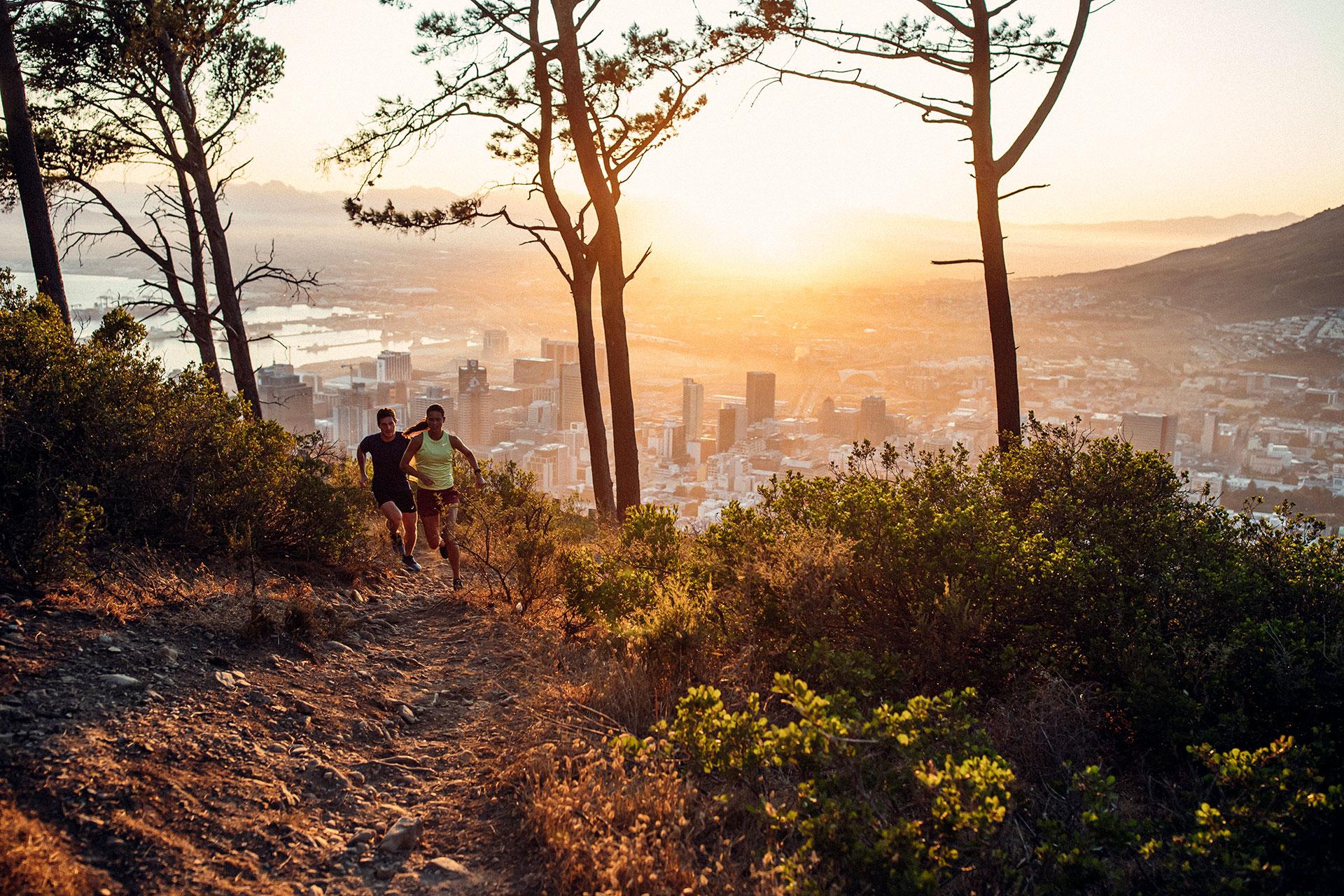 Sonnenaufgang Kapstadt Trailrunning Katalog Engelhorn Sportfotograf Michael Müller
