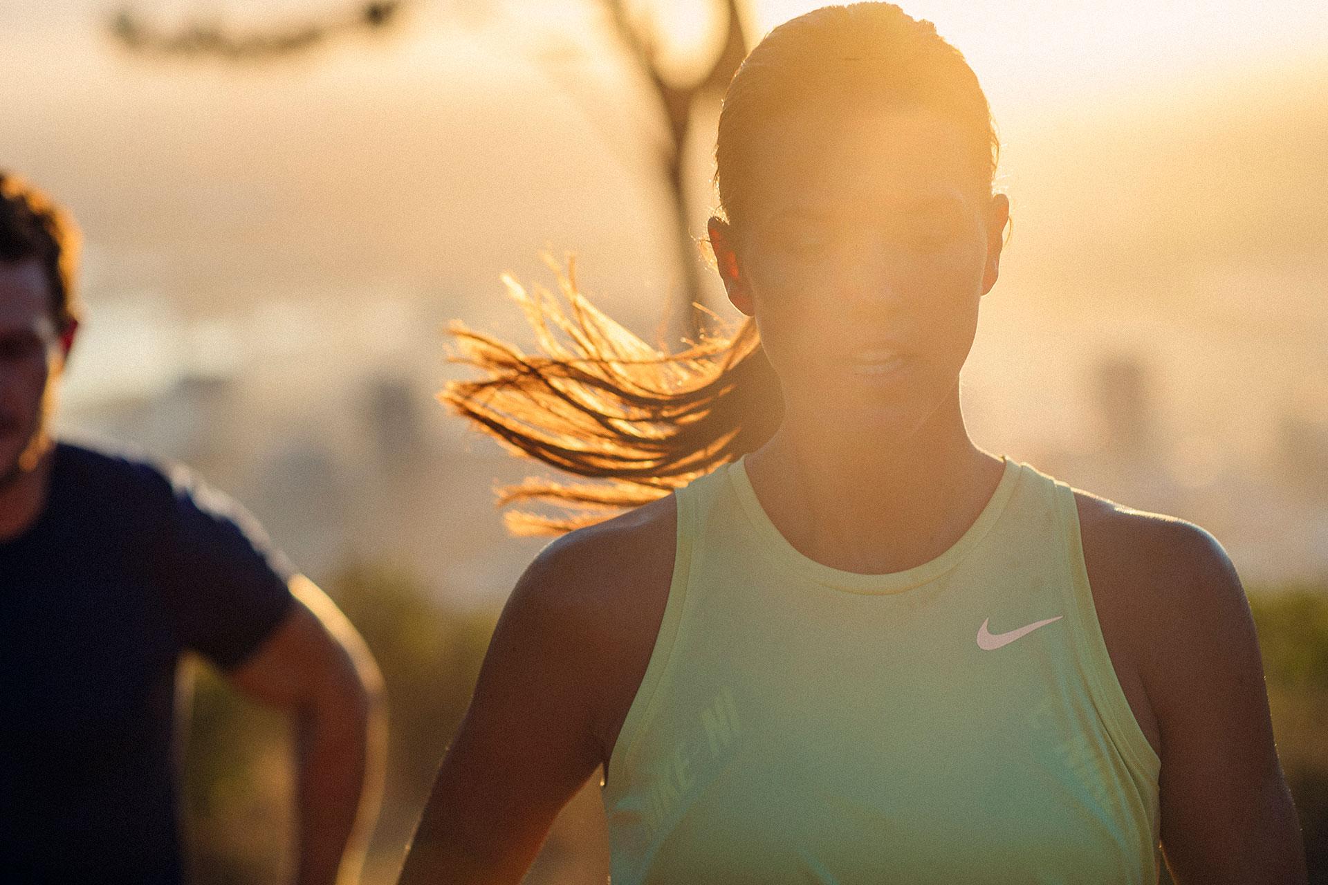Porträt Sonnenaufgang Sportbekleidung People Fotografie Lifestyle Schwitzen