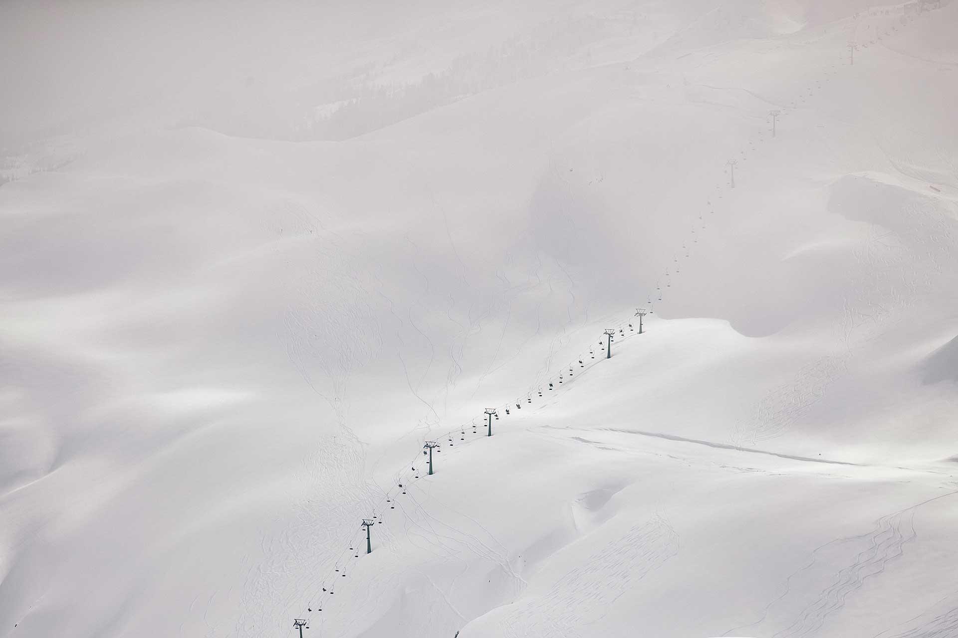 Skilift Tiefschnee Winter Sportfotograf Aktion Berlin Michael Müller