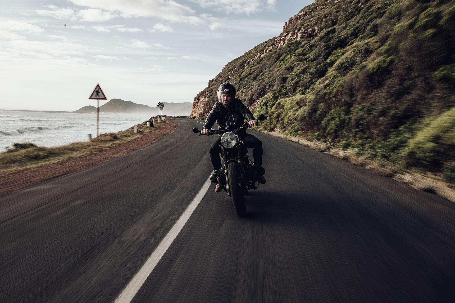 CafeRacer Motorrad Scrambler BMW Automotive Fotograf Lifestyle