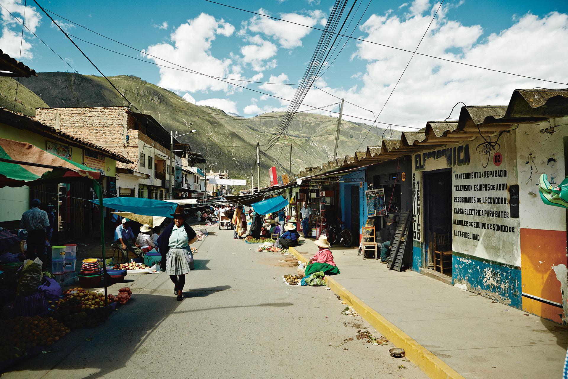 Peru Markt Reise Kultur Lifestyle Katalog Maloja Fotograf Outdoor