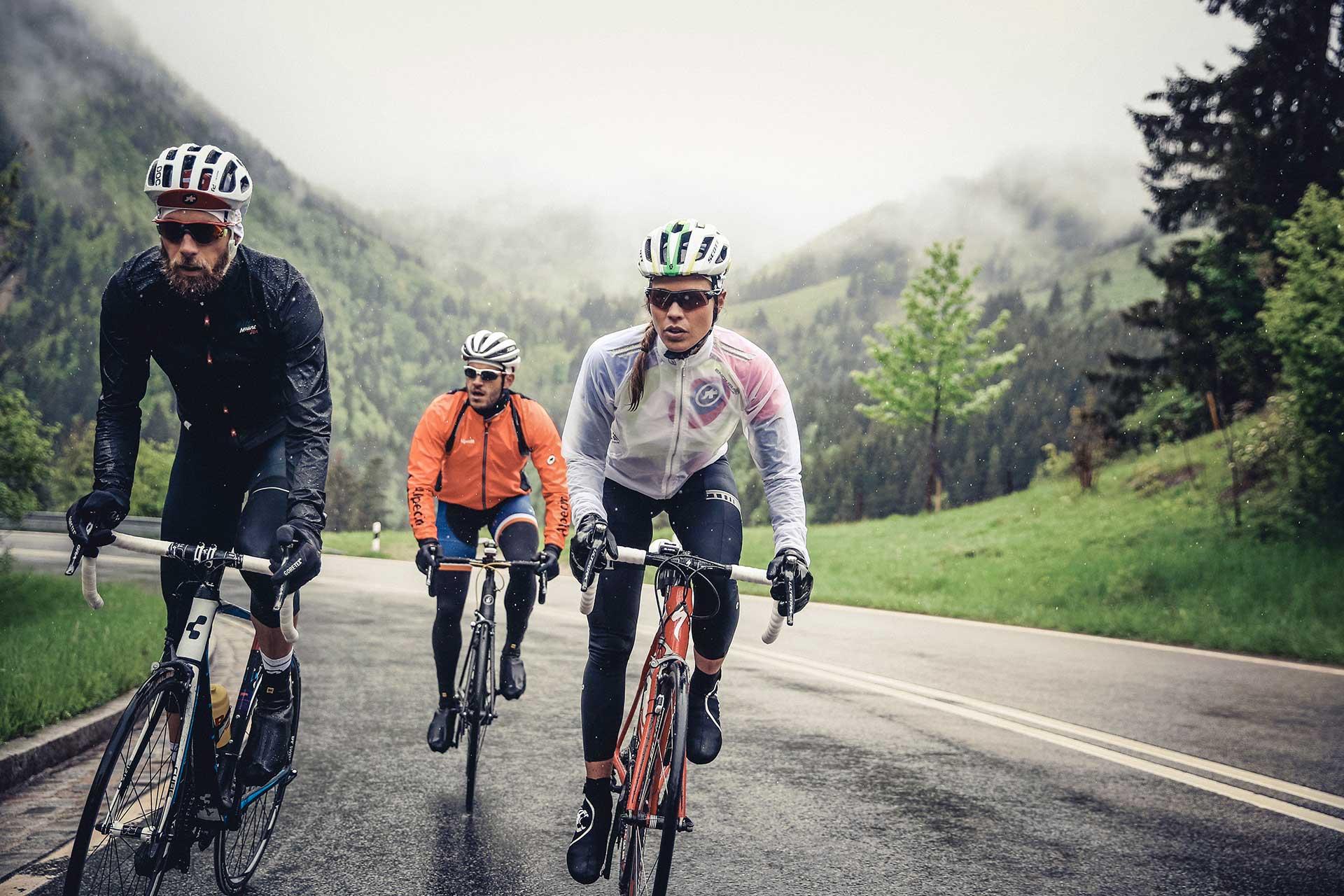 Regen Rennrad Tour Team Maloja Fotograf Düsseldorf Deutschland Michael Müller
