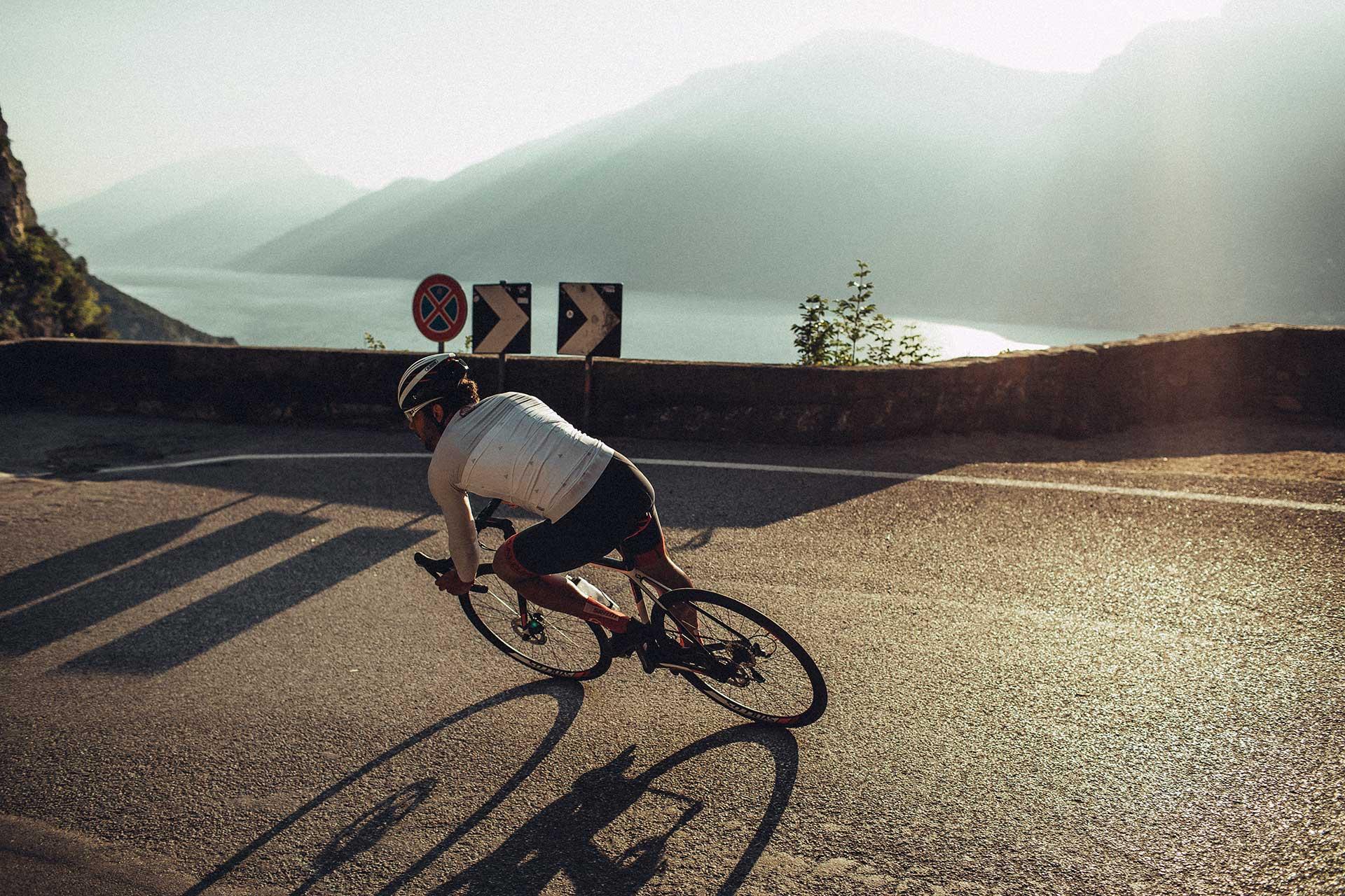 Berge Fotoproduktion Helm Abus Katalog Kampagne Rennrad Sport Berlin