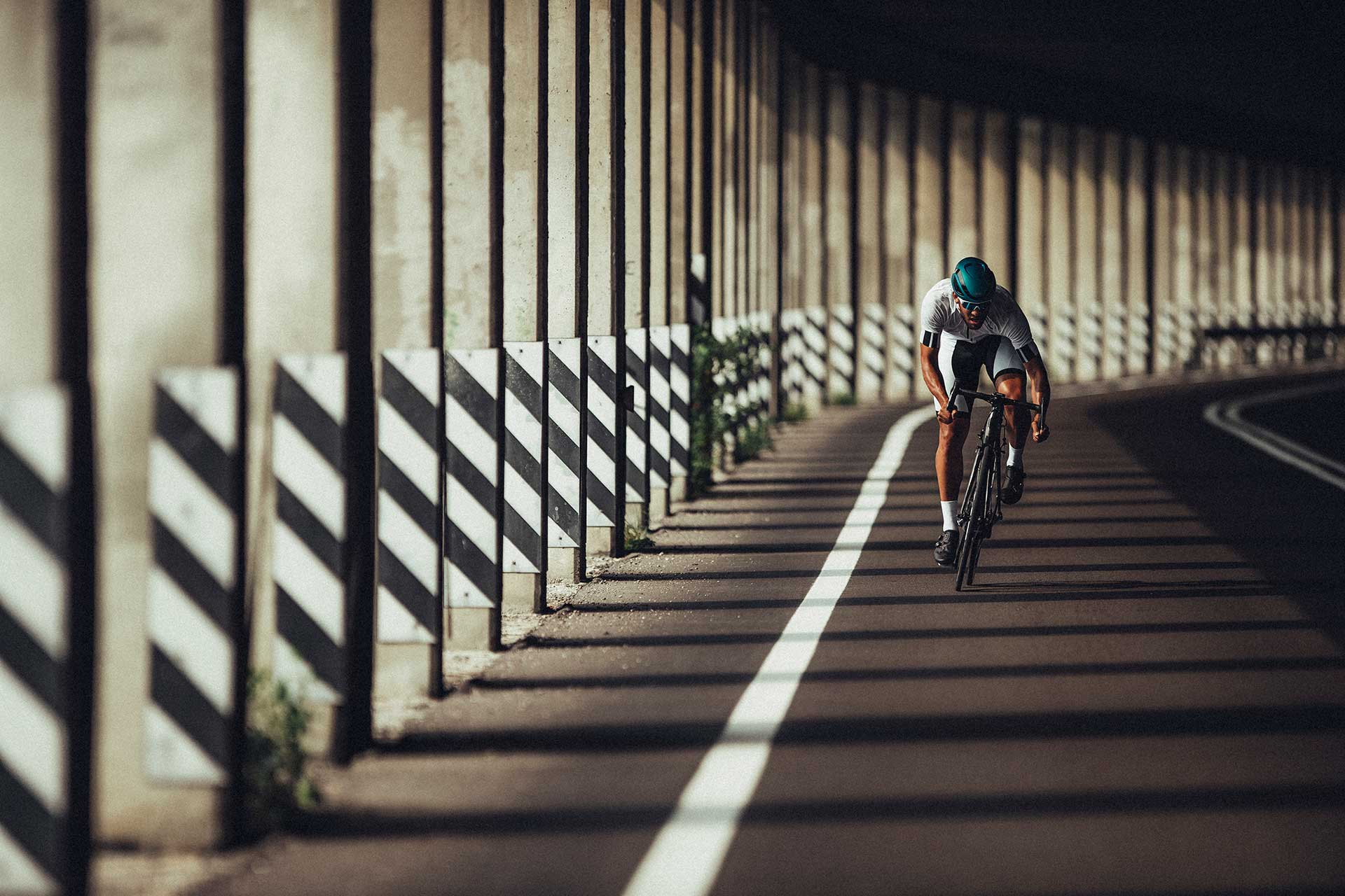 Abus Fahrradhelm Sport Rennrad Fotograf Aktion Outdoor Michael Müller London