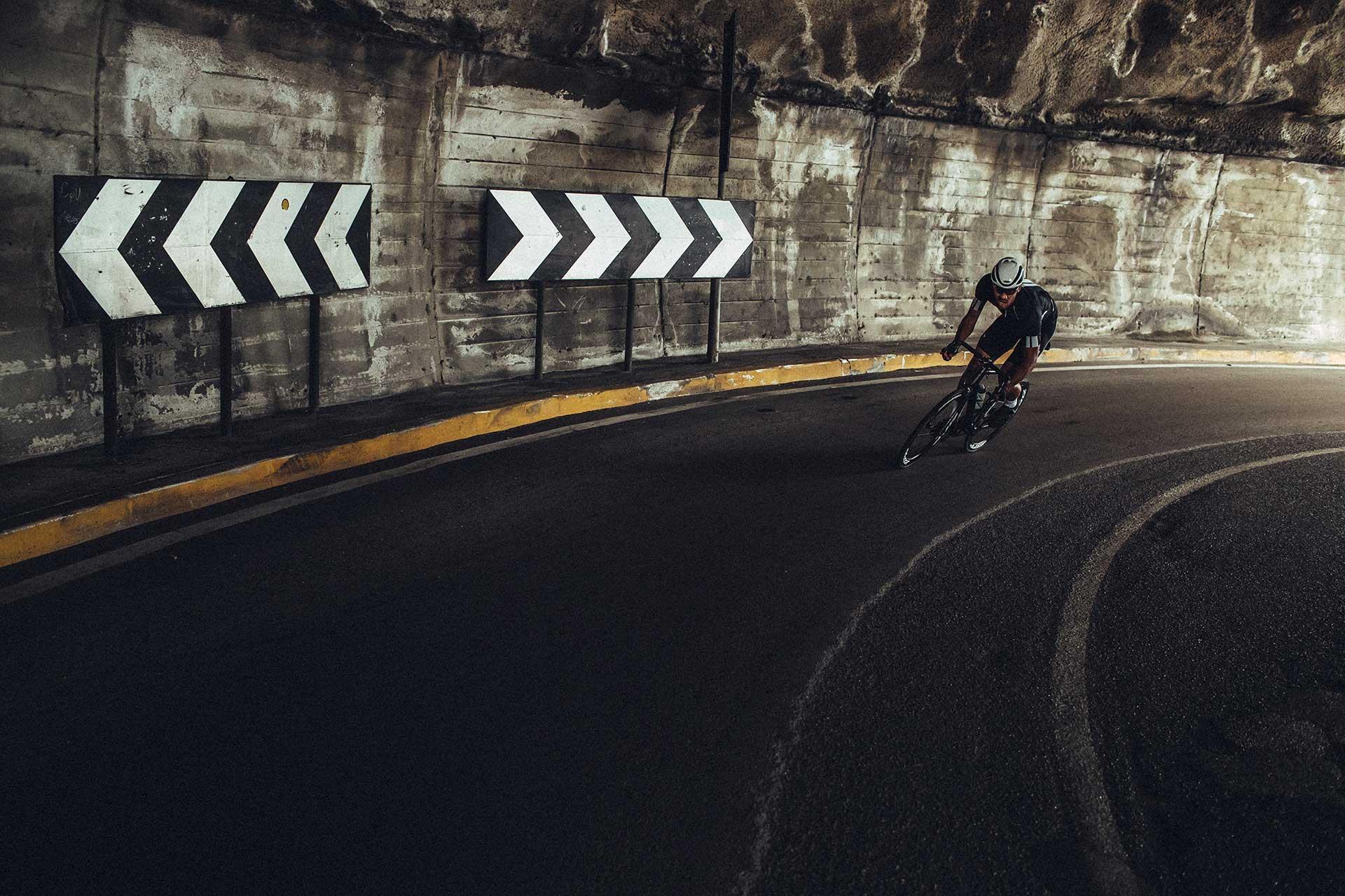 Tunnel Rennrad Fotogarf Aktion Sport Outdoor London England Michael Müller