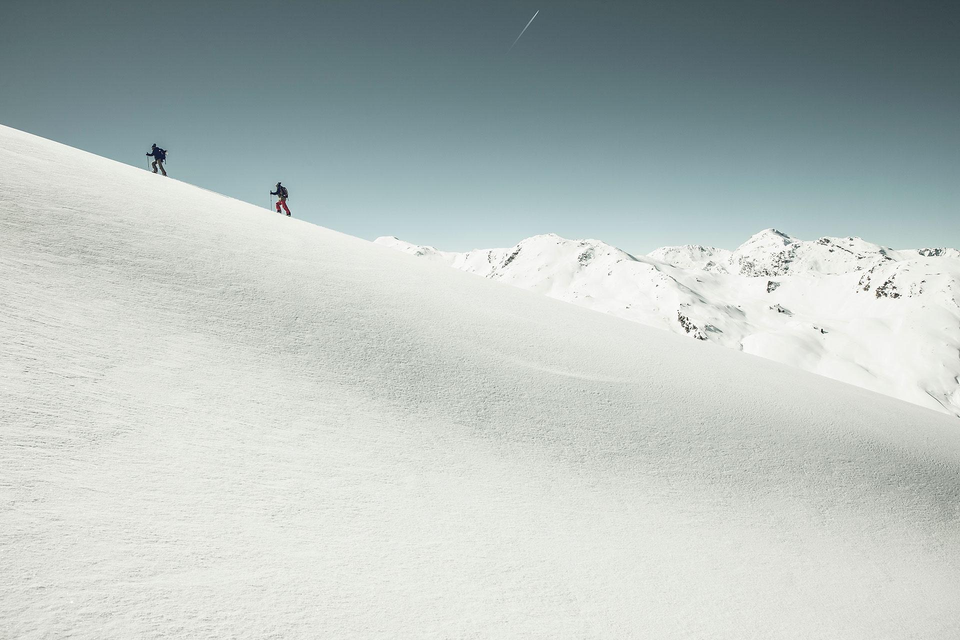 Skitour Landschaft Fotografie Winter sport Zürich Schweiz Outdoor Fotoproduktion