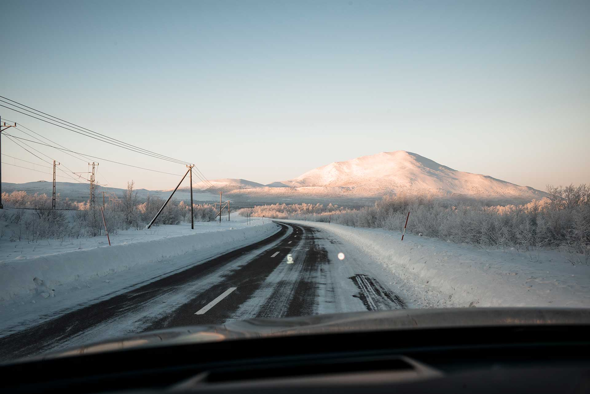 Reise Straße Winter Schnee Automotive Volvo Landschaft Fotograf